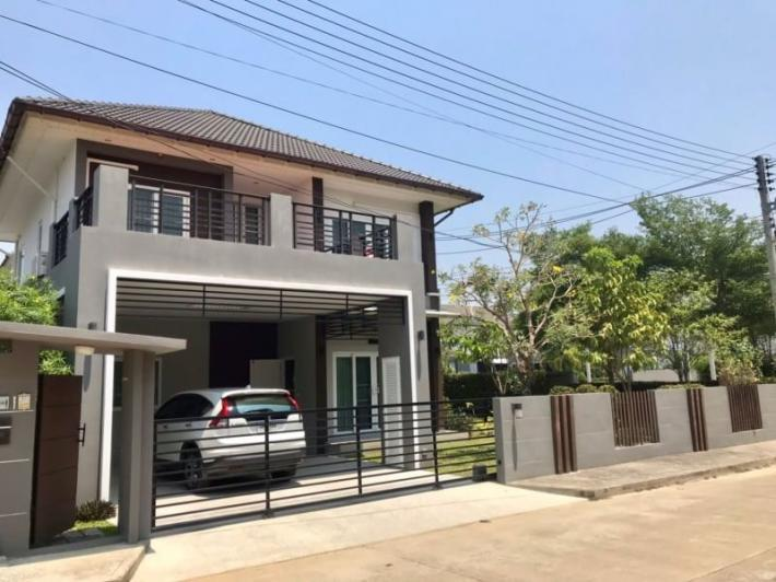 House for rent in a new Sansaran Housing Project, Baanwan, Hang Dong Road, Close to the airport, many international school such as Lanna International School, Panya den school, Grance International Sc