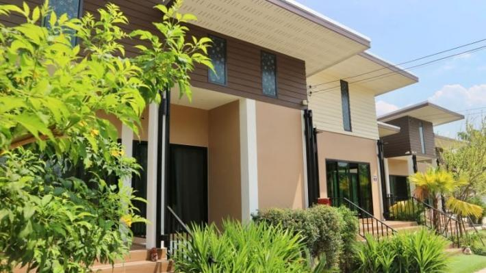 New house for rent with private swimming pool in Maerim. 30 mins from Chiang Mai International Airport.